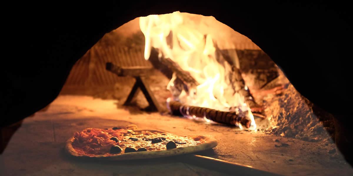 Ristorante Pizzeria Positano - Particolare del forno a legna